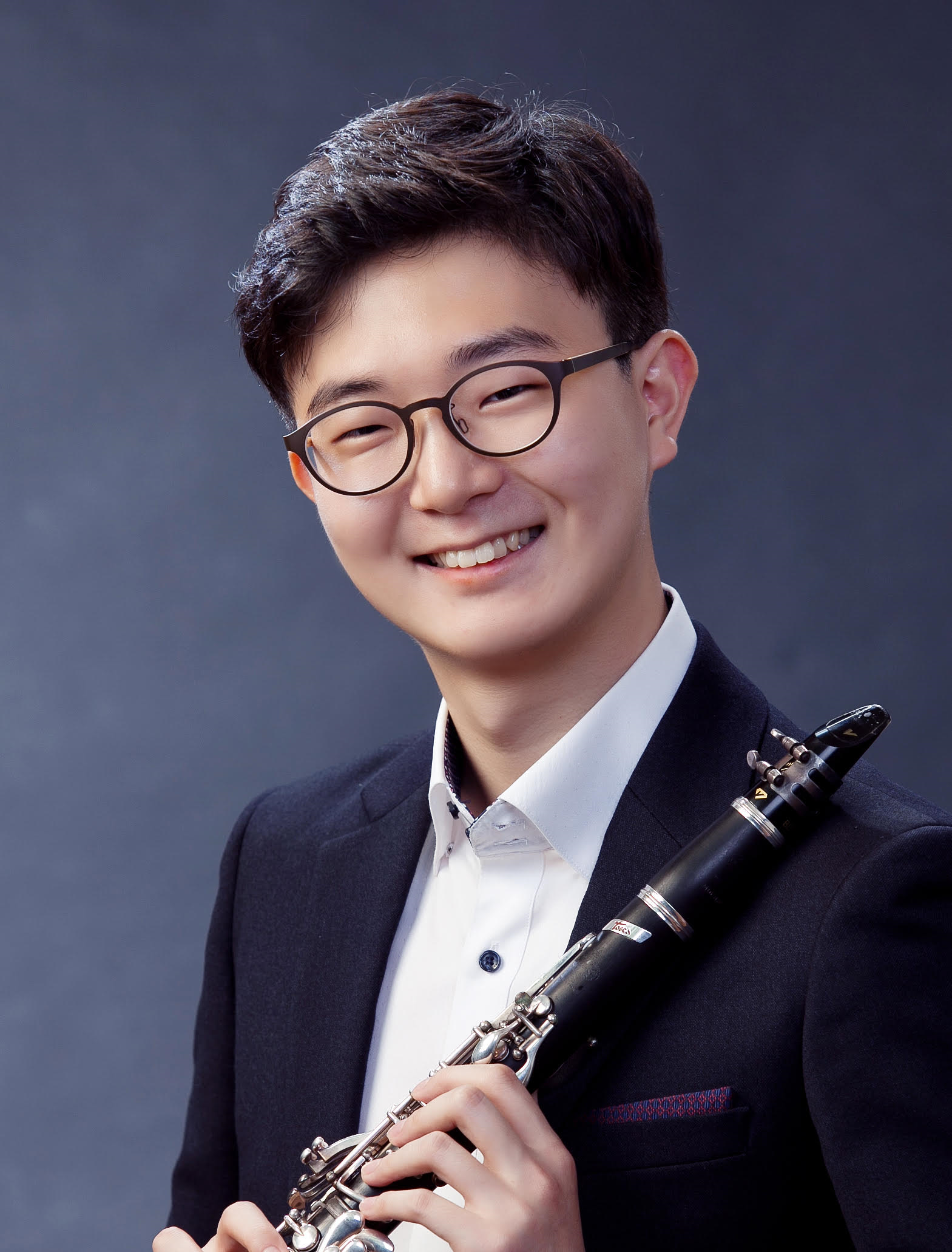 Sunho Song, 2017 Young Artist Competition Winner, Photo by Gi-Hyeong Kim