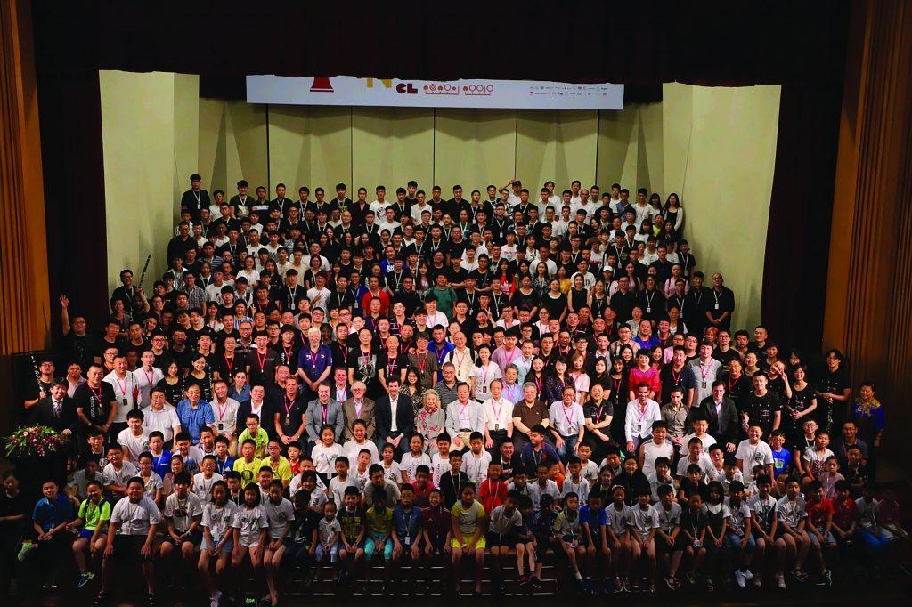 Participants of the CCOM International Clarinet Festival hosted by Yuan Yuan 第三届中央音乐学院国际单簧管艺术节的全家福