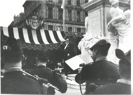 Camille Saint-Saëns conducting the Garde Républicaine in Bordeaux (1905)