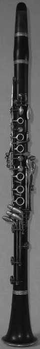 Figure 7. Full Boehm clarinet, Selmer, Paris, 1932. Author's collection.